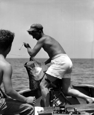 Tarpon Caught 1954 Shark River (Florida Photographic Collection – Florida State Archives)
