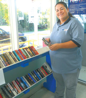 Shannon Mitchell and Goodland Book Exchange. PHOTOS BY JOANIE FULLER/COASTAL BREEZE NEWS