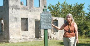 Betsy Perdichizzi at Horrs Plantation.