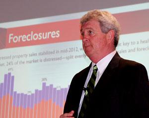 Alan discusses declining foreclosures.
