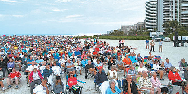 The Sunrise Service drew a crowd of worshippers to the beach Easter morning.