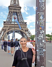 Submitted PhotoInez Hudson in front of the Eiffel Tower.